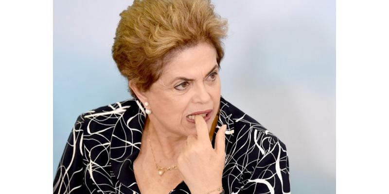 Suspendieron a Dilma Rousseff y le harán juicio político